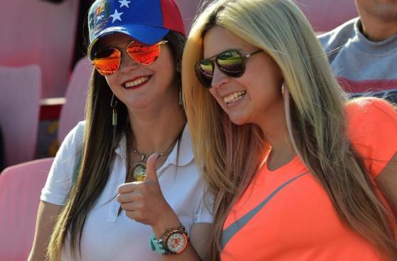 Ecuador-Venezuela: la fiesta y el color de los hinchas en Quito