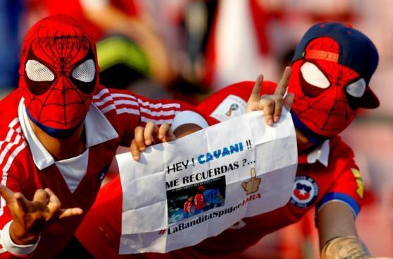 La belleza y el color en las tribunas del Chile-Uruguay [FOTOS]