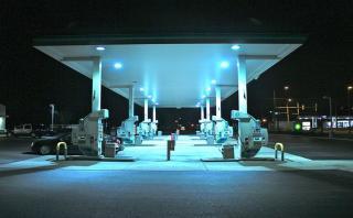 ¿Confundiste el combustible? Mira lo que le ocurre a tu auto