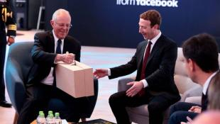 Mira los regalos que se llevó Mark Zuckerberg del Perú [FOTOS]