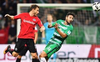 Con Pizarro: Werder Bremen cayó 2-1 ante Eintracht Frankfurt