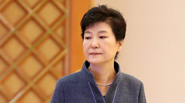 Implican a presidenta surcoreana en escándalo de corrupción
