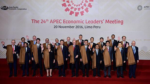 APEC 2016: mandatarios se tomaron fotografía oficial del foro