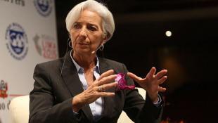 Lagarde advierte a líderes APEC que crecimiento seguirá frenado