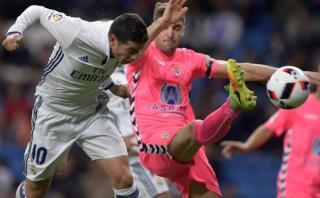 Real Madrid: James Rodríguez anotó con este cabezazo de '9'