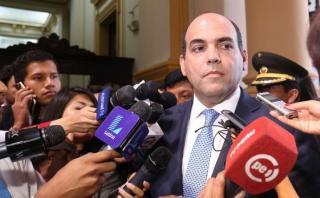 Zavala y PPK evaluarán hoy a candidatos a Ministerio de Defensa