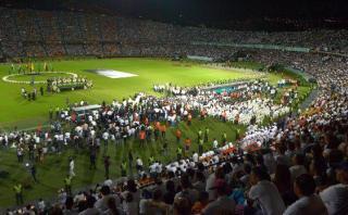Atlético Nacional rindió emotivo homenaje a club Chapecoense