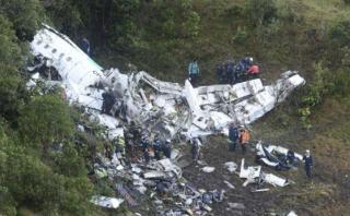 ¿Qué debería hacer un piloto si avión se queda sin combustible?