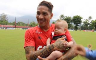 Paolo Guerrero recibió visita especial en Flamengo [VIDEO]