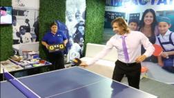 CADE 2016: Ricardo Gareca también aceptó el reto del ping pong