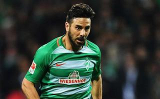 Claudio Pizarro asistió en gol del triunfo de Werder Bremen