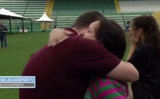 Chapecoense: madre de Danilo confortó a periodista [VIDEO]