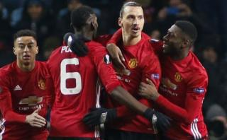 Manchester United: Ibrahimovic anotó tras dos toques en primera