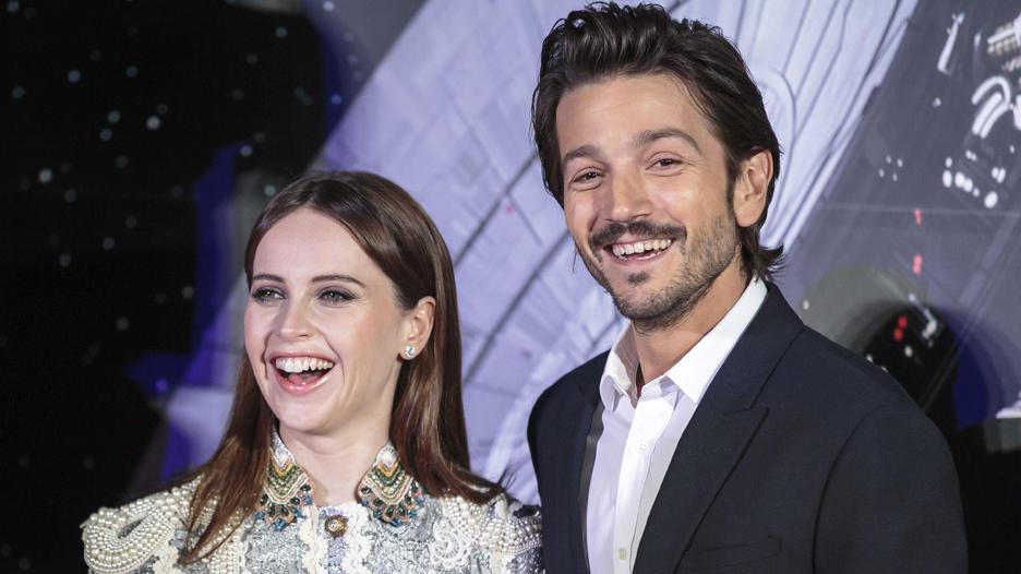 """""""Star Wars"""": Felicity Jones y Diego Luna son los nuevos héroes"""