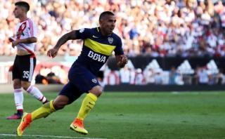 Boca Juniors: Tevez silenció el Monumental con este golazo