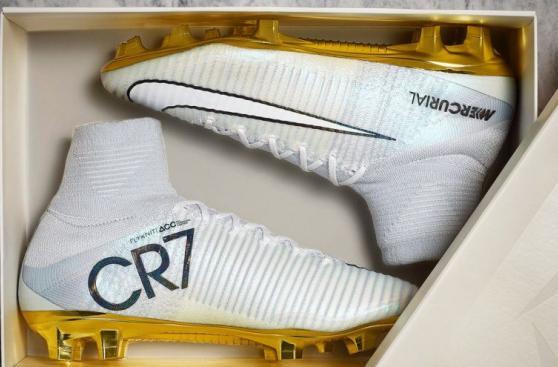 Cristiano: Nike celebró Balón de Oro con novedosas zapatillas