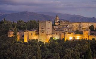 La Alhambra: Conoce los mensajes ocultos de esta joya española