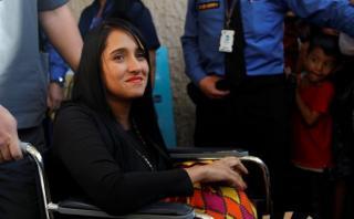 Chapecoense: Azafata sobreviviente viaja de regreso a su país