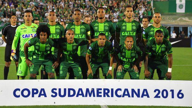 Chapecoense recibirá la Sudamericana en sorteo de Libertadores