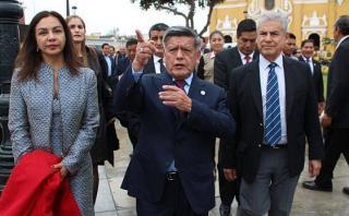 """César Acuña: """"No está bien que se dialogue tras una censura"""""""
