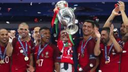 Portugal celebra distinción a su seleccionador Fernando Santos