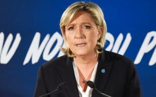 Le Pen propone un 'Brexit' en Francia y reemplazar el euro