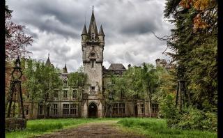 8 impresionantes mansiones abandonadas alrededor del mundo