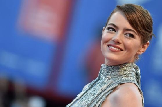 Emma Stone busca el Globo de Oro con