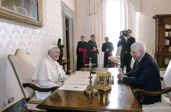 Papa y presidente de Palestina se reunieron en Vaticano [FOTOS]