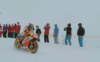 Márquez muestra que sí puede llevar su moto a la nieve
