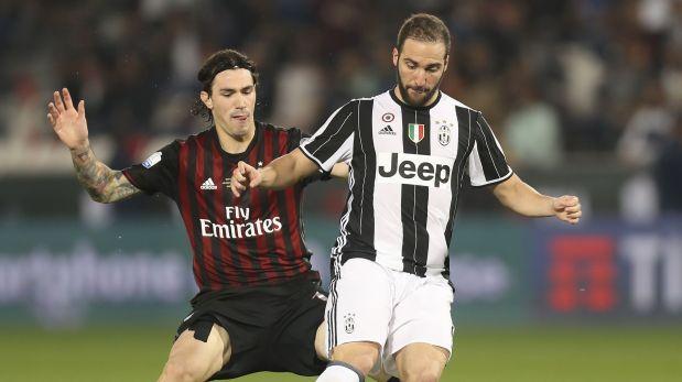 Juventus venció 2-1 al Milan y avanzó a semis de la Copa Italia