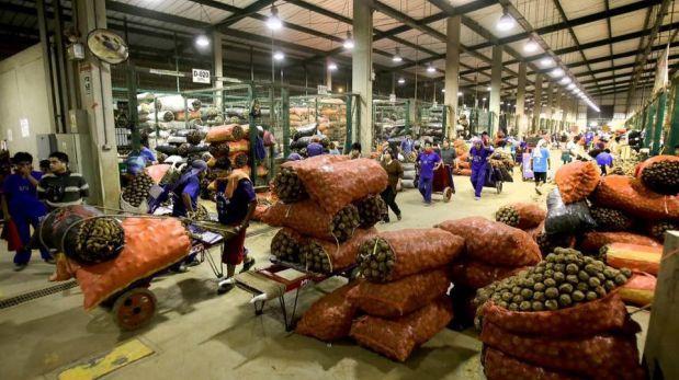 Municipio de Lima negó que alimentos suban de precio por huaico