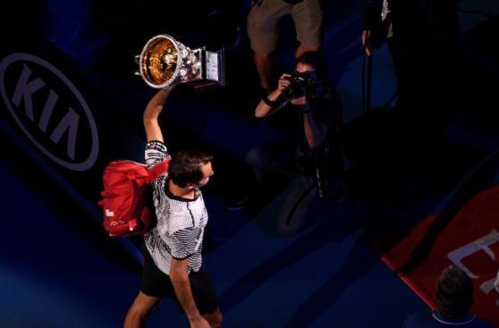 Federer, una leyenda: fotos de premiación en Australian Open