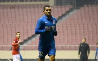 Carlos Tevez anotó su primer gol con Shanghai Shenhua