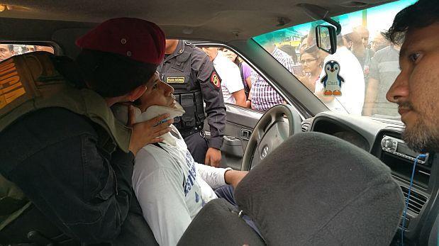 Metropolitano chocó con camioneta en Quilca y dejó un herido
