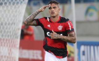 """Paolo Guerrero calificado en Brasil como el """"peruano mortal"""""""