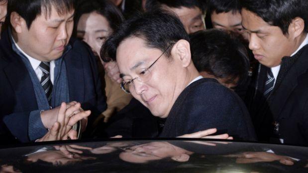 Empresas surcoreanas alertas por arresto de heredero de Samsung
