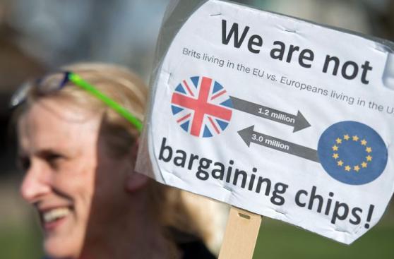 Europeos quieren seguir viviendo en Reino Unido pese al Brexit