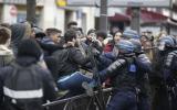 Francia: Marcha contra violencia policial termina en disturbios