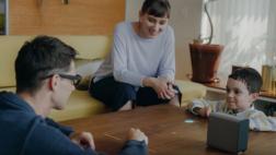 MWC: Sony lanzó un proyector táctil de 23 pulgadas [VIDEO]
