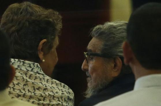 La reaparición de Abimael Guzmán en el juicio por Tarata