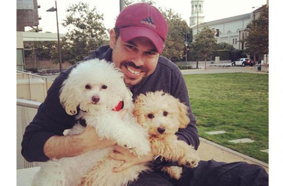 Buscaban adoptar 1 perro y se llevaron 2 sorpresas