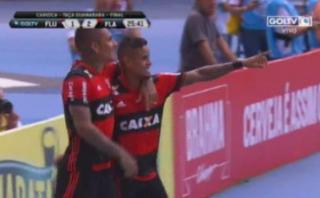 Paolo Guerrero propició segundo gol de Flamengo ante Fluminense
