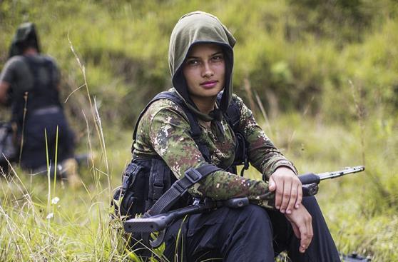 Mujeres de las FARC planean su regreso a la vida civil