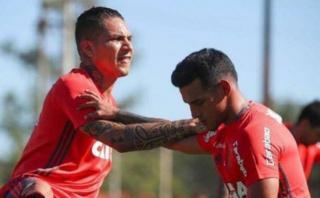 Paolo Guerrero elogió las virtudes de Miguel Trauco en Flamengo