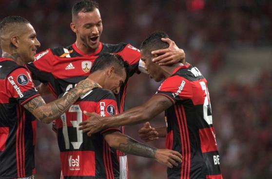 La felicidad de Trauco y Guerrero en debut en la Libertadores
