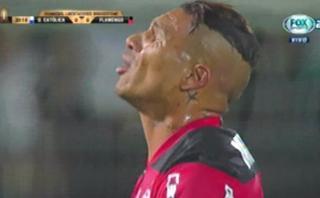 Paolo Guerrero: formidable tiro libre exigió a portero chileno
