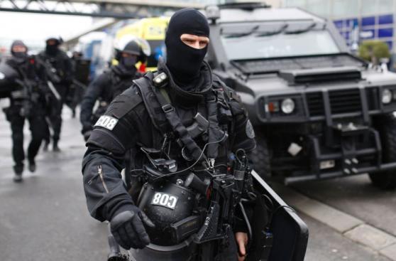 París: Despliegue militar tras ataque en el aeropuerto de Orly