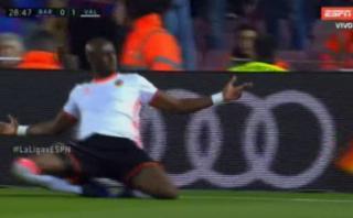 Barcelona: Valencia abrió el marcador con preciso cabezazo
