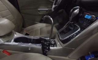 ¿Se puede conseguir agua potable en el auto?